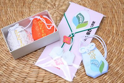30 shrines and temples in Japan to get lucky charms for love | tsunagu Japan