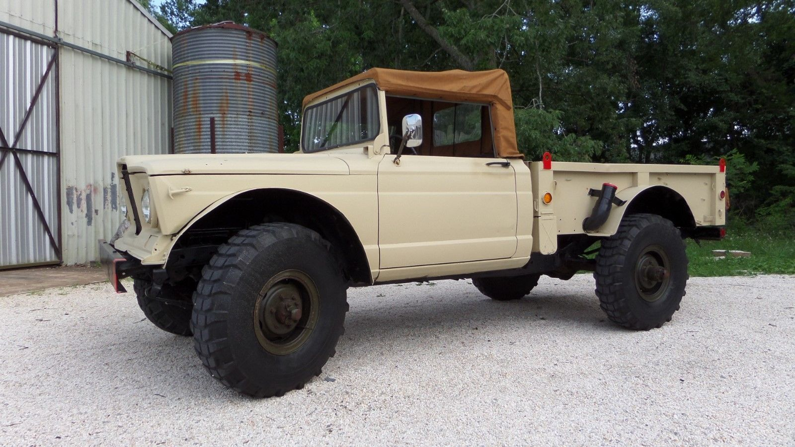 1967 Jeep Kaiser M715 Ex Military 2 Door Soft Top Classic Jeeps