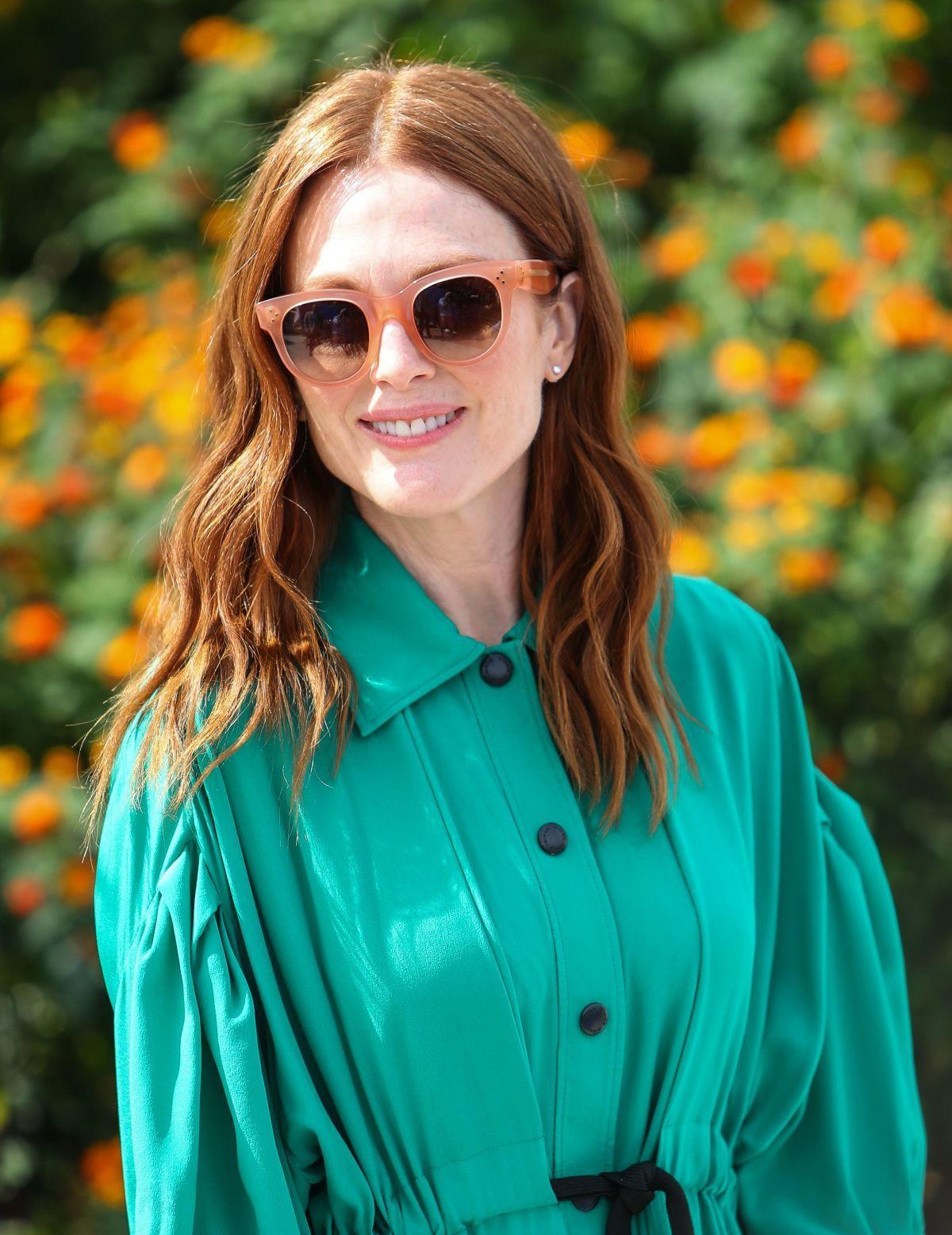 5594c374a066 Julianne Moore wears Céline BABY AUDREY CL 41053 S sunglasses.  otticanet   otticanet