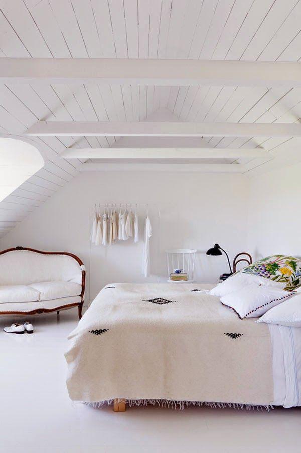 die schwedische umgebaute scheune attic pinterest scheunen schwedisch und schlafzimmer. Black Bedroom Furniture Sets. Home Design Ideas