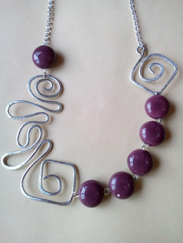 Collana in alluminio con pietre in ceramica vinaccio collane di matrioska86 wire work - Collane di design ...