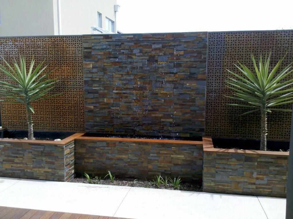 Cascade sbt2357 chap valley house Diy wall water feature