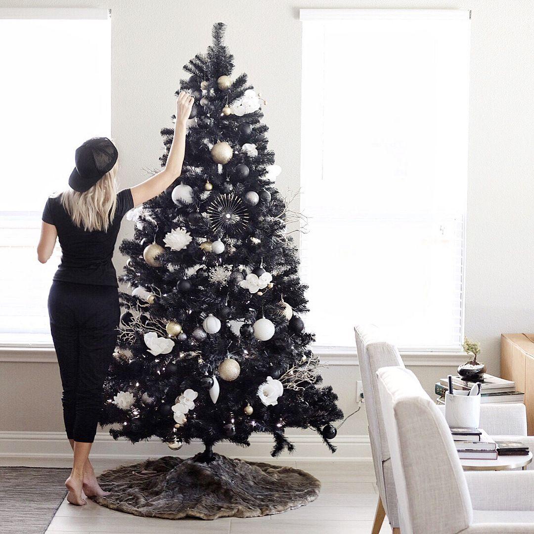 Por Fin Llego La Navidarks Black Xmas Tree Black Christmas Trees Black Christmas Decorations