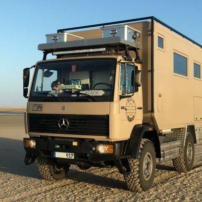 Pin Auf Benz Truck Camper