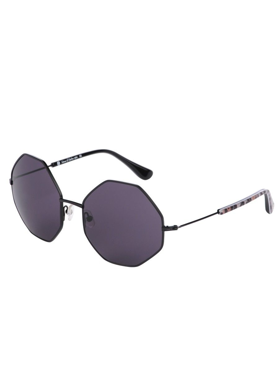 Joan Octagon Sunglasses by House of Harlow. I just need those sunglasses. they got the most amazing shape