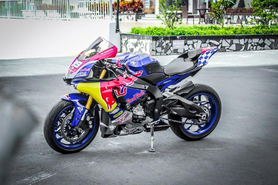 Yamaha R1 phiên bản RedBull đầy quyến rũ | Thảo Luận - 2banh.vn