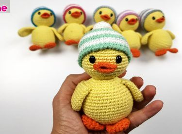 Amigurumi Duck Free Crochet Pattern : Crochet pattern english or german duck and duckling