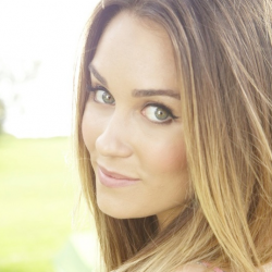 Wanna look like Lauren Conrad? Silly question! Check out