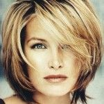 : Hairstyles for Women Over 40 short hair