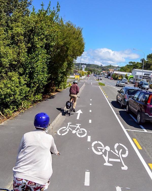 Protected bike lane in Nelson, New Zeland. Photo: Christ Bruntlett. Visit the slowottawa.ca boards >> http://www.pinterest.com/slowottawa/