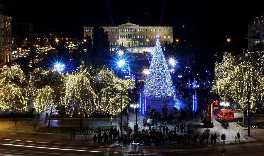Christmas - Ellada 365 | Éjszakai fények | Pinterest | Greece ...