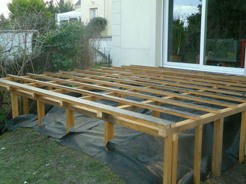Double structure pour terrasse en hauteur ext rieur for Bois construction exterieur