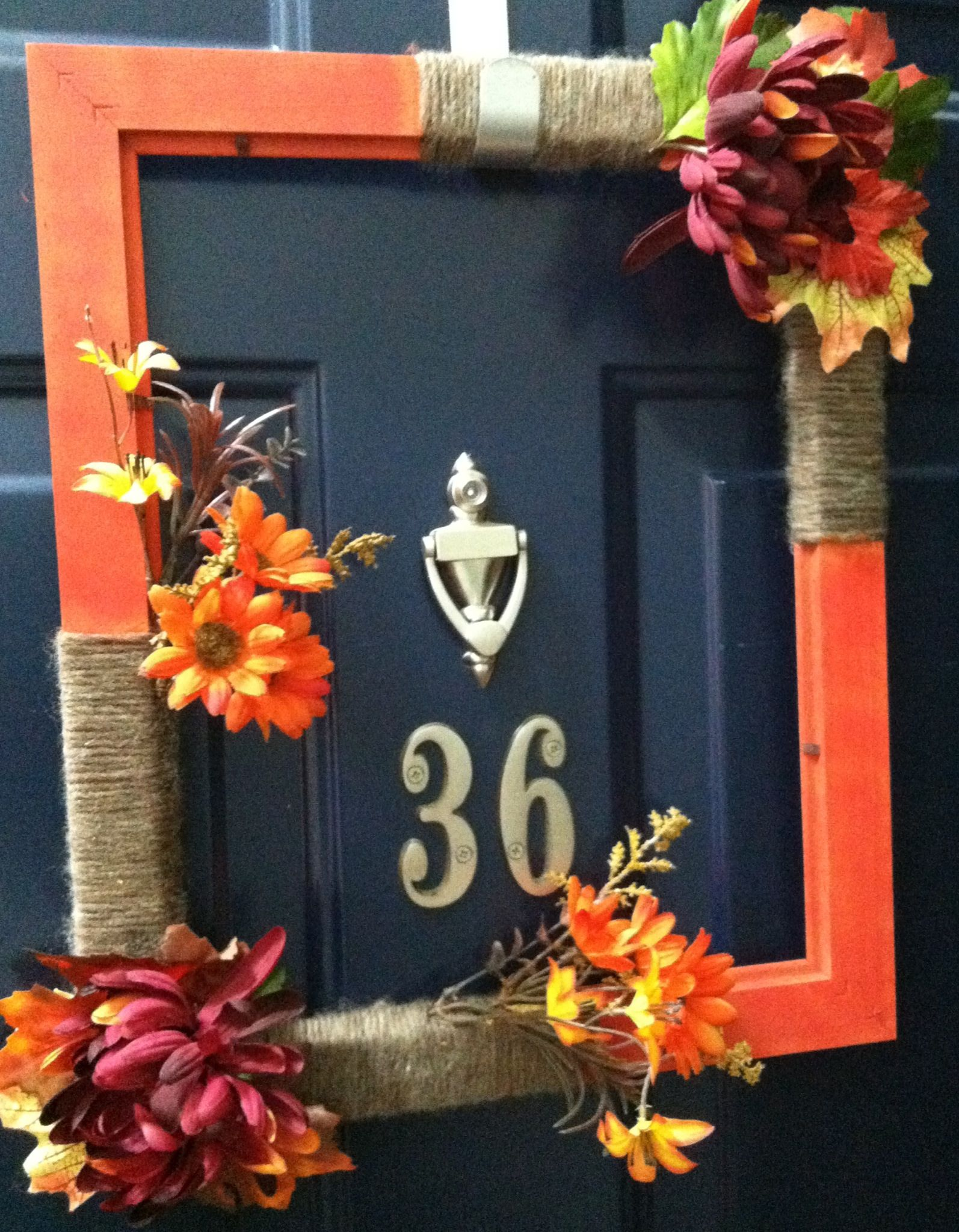 I finally finished my DIY fall wreath using a picture