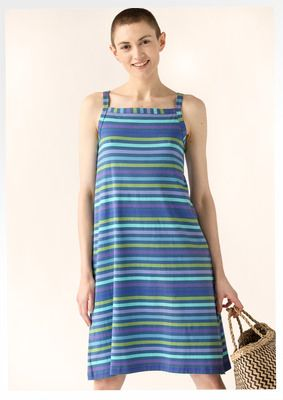 """Short dress in eco-cotton/spandex Combining stripes with other garments, both patterns and solids, is easy. This striped dress with a square neckline and stylish slits at the sides is easy to wear and to match with other things. Figure fit. Length: M 37¾"""" Item number 62719 Price $ 98 (customs duties included)"""