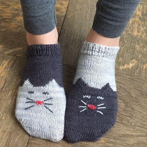 We Like Knitting Yinyang Kitty Ankle Socks Free Pattern