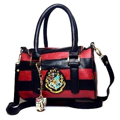 #harrypotterbag #harrypotterschool #harrypotterworld #harrypotter #harrypottersweater #harrypottersweatshirt #hogwarts #magic #4like4like #harrypotteraccessories #harrypotterseries #harrypottermore