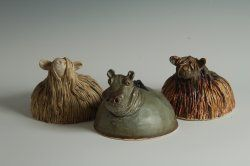 Kent Potters Association Picture Gallery - Angela Howe