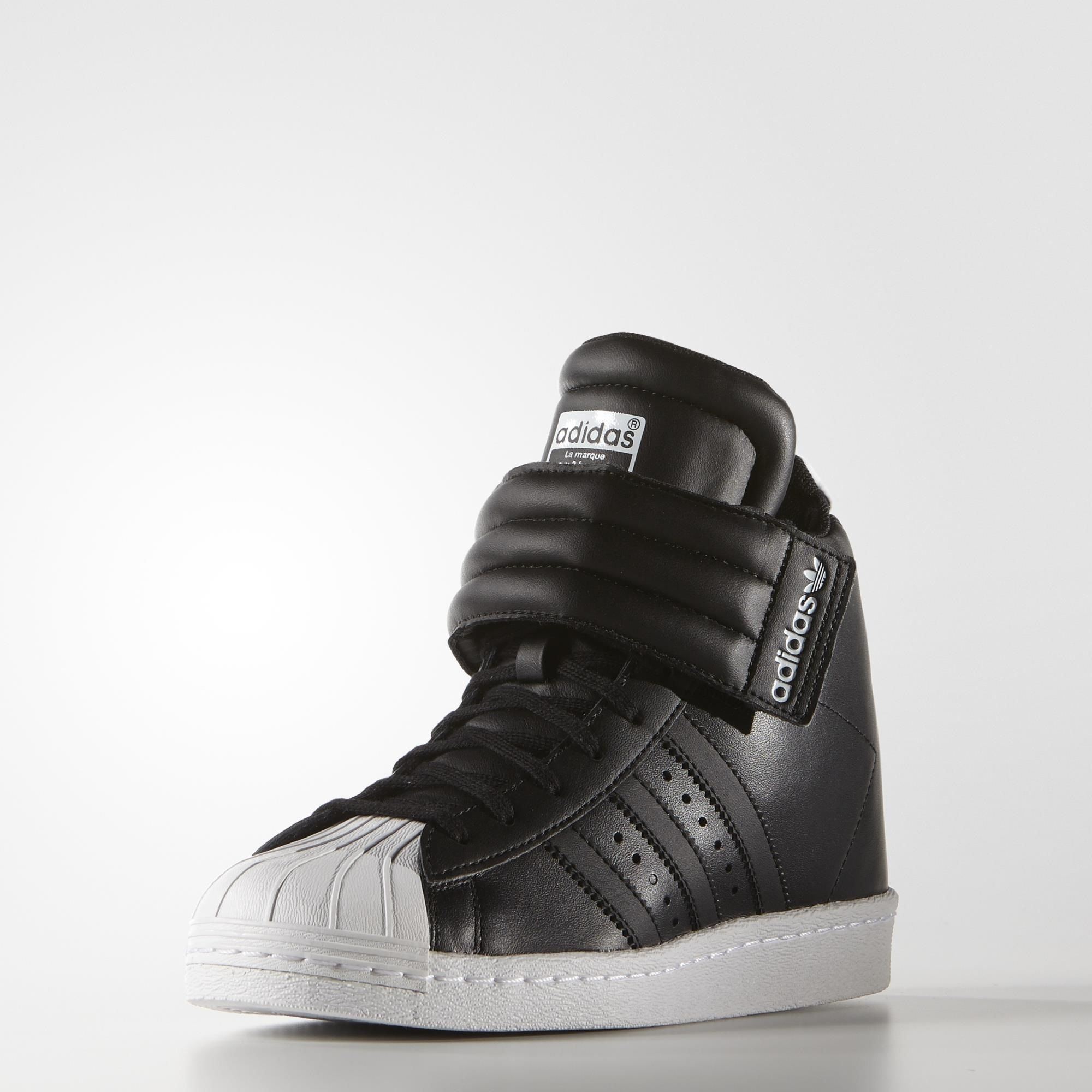 sports shoes f1fa7 89051 adidas Superstar Up Strap Shoes - I WANT THIS SHOE!