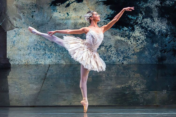 エレガントなスタイルの秘密とは プロのバレリーナが食生活を公開 バレリーナ バレエダンサー ダンサー