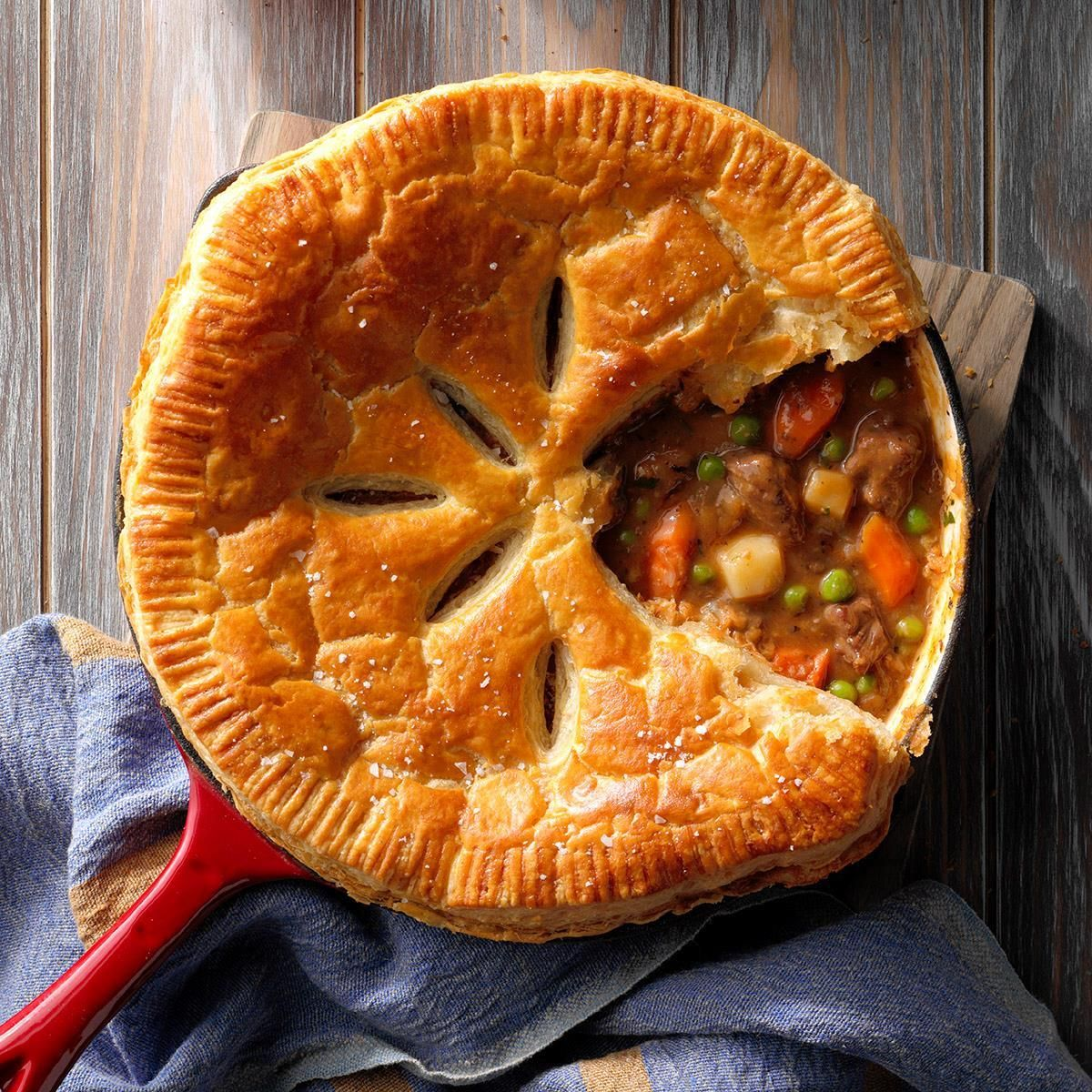 Beef Stew Skillet Pie | Recipe | Beef pot pies, Food ...