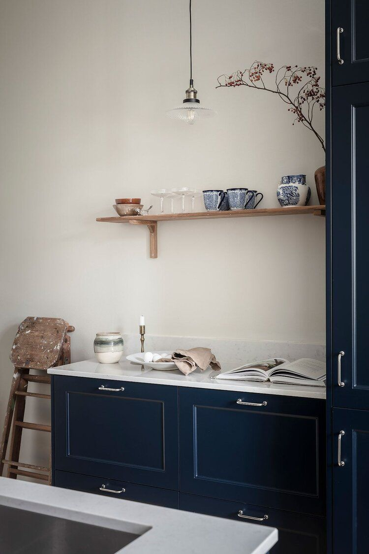 Blue and Grey Tones in a Wonderful Scandinavian Apartment — THE NORDROOM in 2021   Wohnen ...