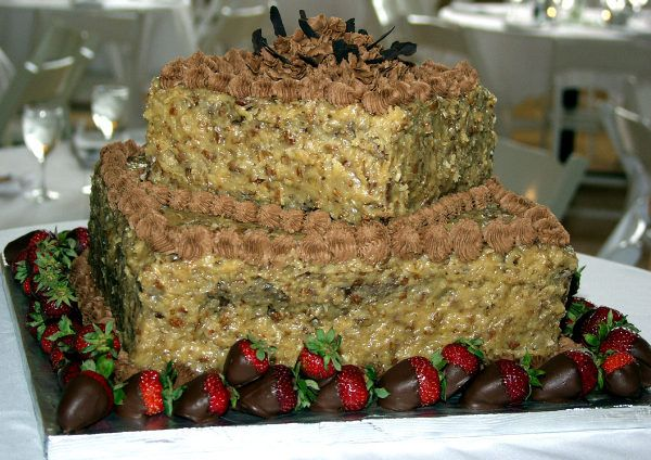 german chocolate wedding cake pictures | german chocolate cakes ...