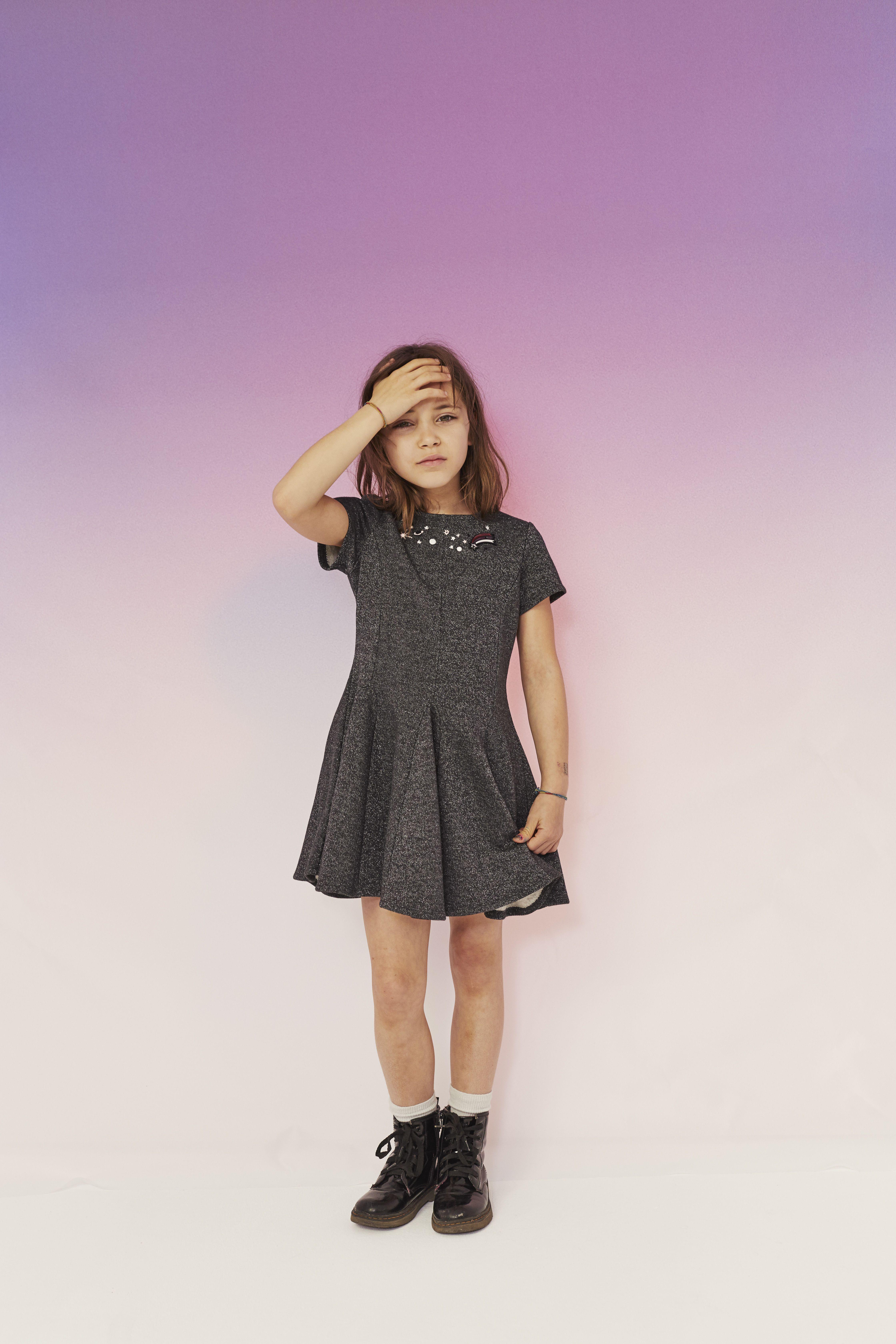 c8f4dbbf284aa Découvrez la collection IKKS Fille et entrez dans l'univers impertinent et  espiègle de la mode enfant IKKS. Collection pour les 3-12 ans.
