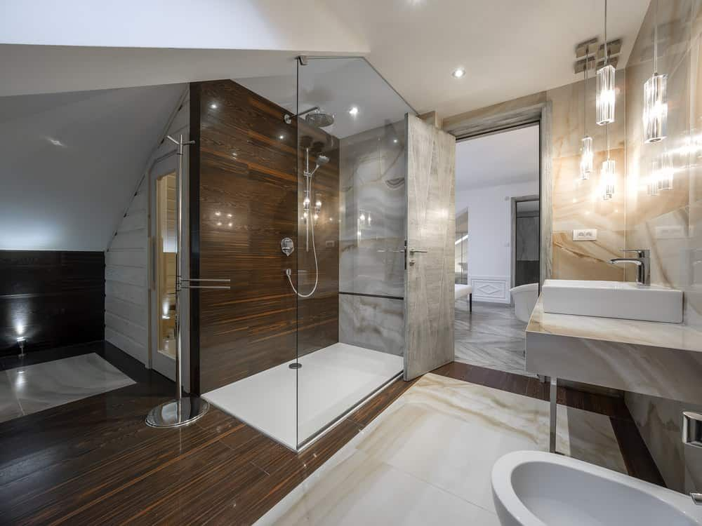 33 Stunning Primary Bathrooms With Glass Walk In Showers 2020 Photos Contemporary Master Bathroom Master Bathroom Renovation Modern Master Bathroom Luxury