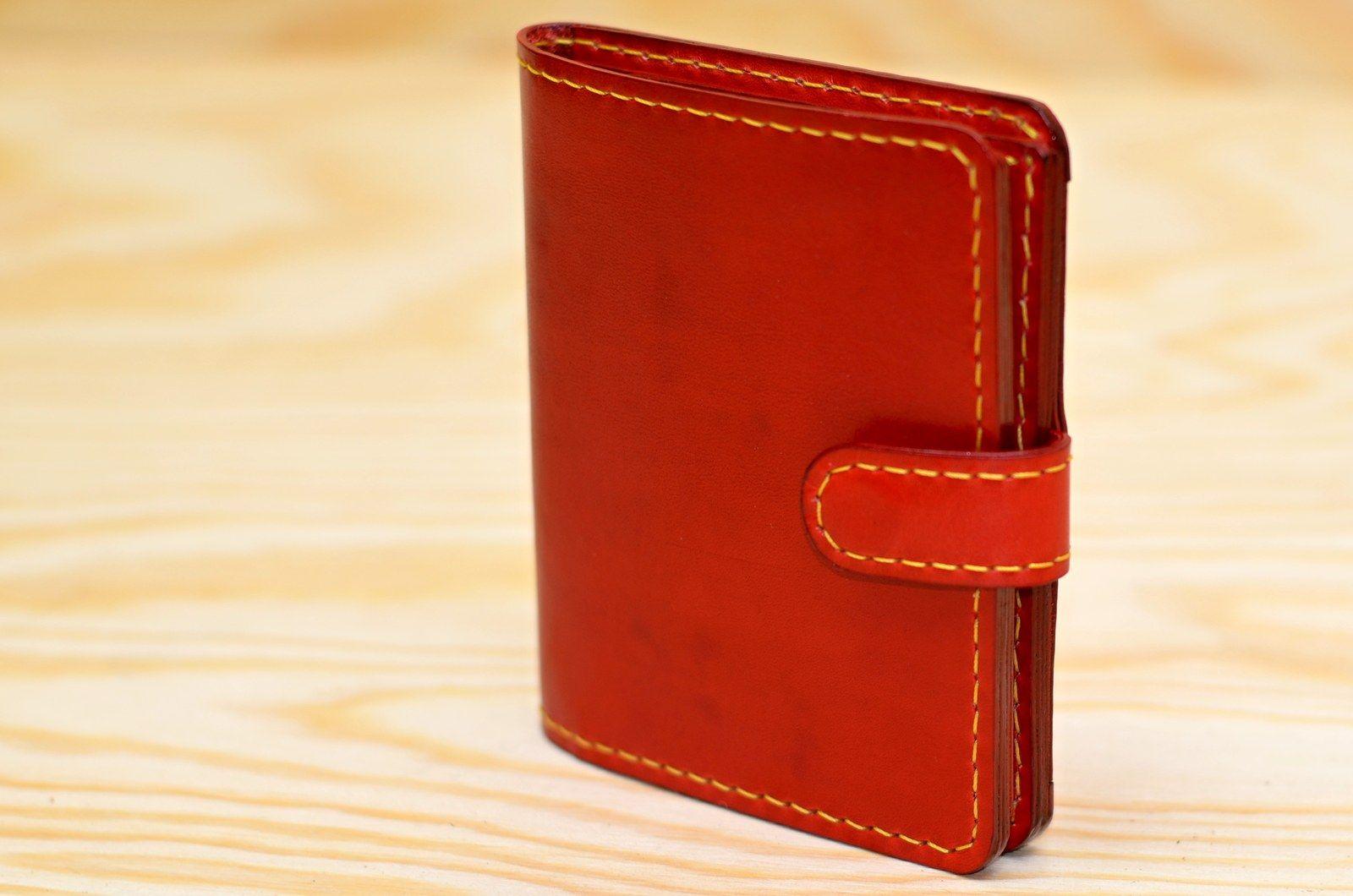 Kožená peněženka dámská - červená Peněženka na přání zákazníka. Ručně šitá dámská  peněženka a32bea2df8