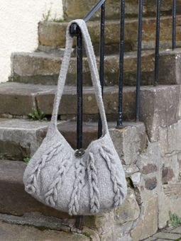 Free Pattern: Harbour Bag | Knitted bags, Beanie knitting