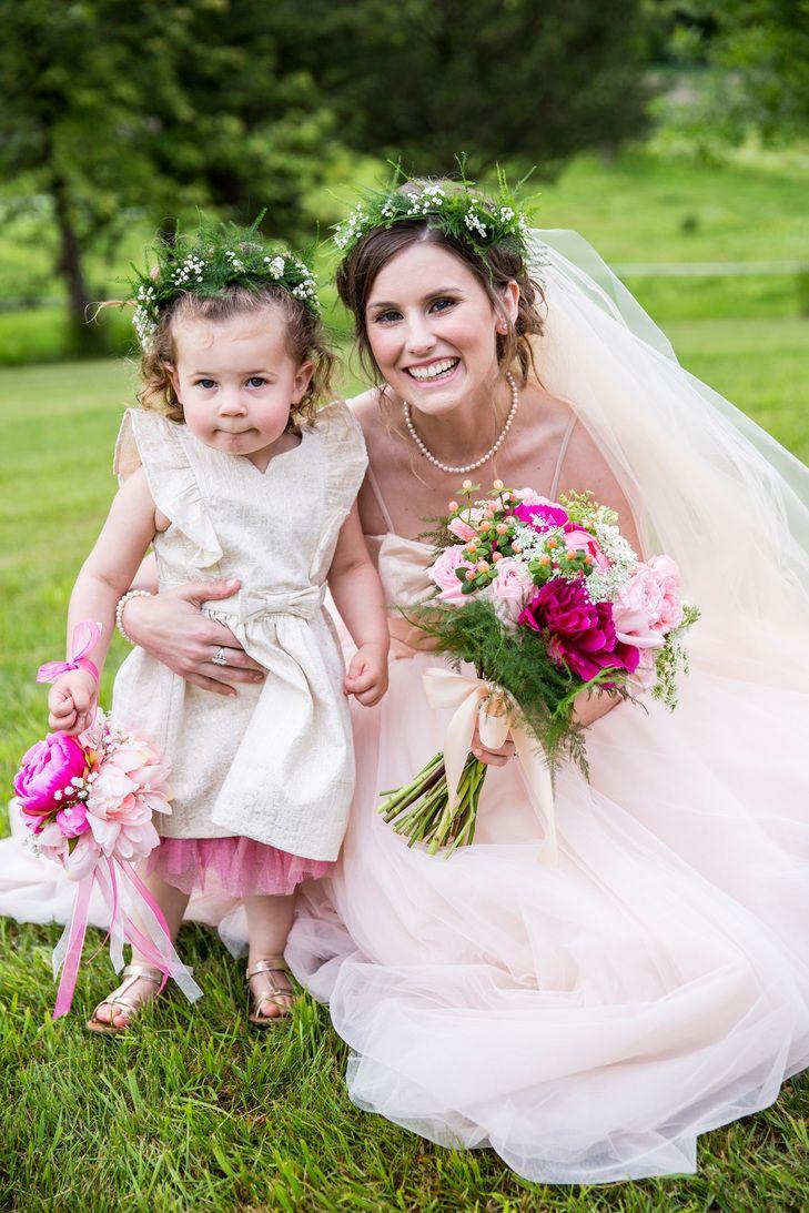 Pin By Maryann Blooms On A Wedding Ideas Pinterest Gold Flower
