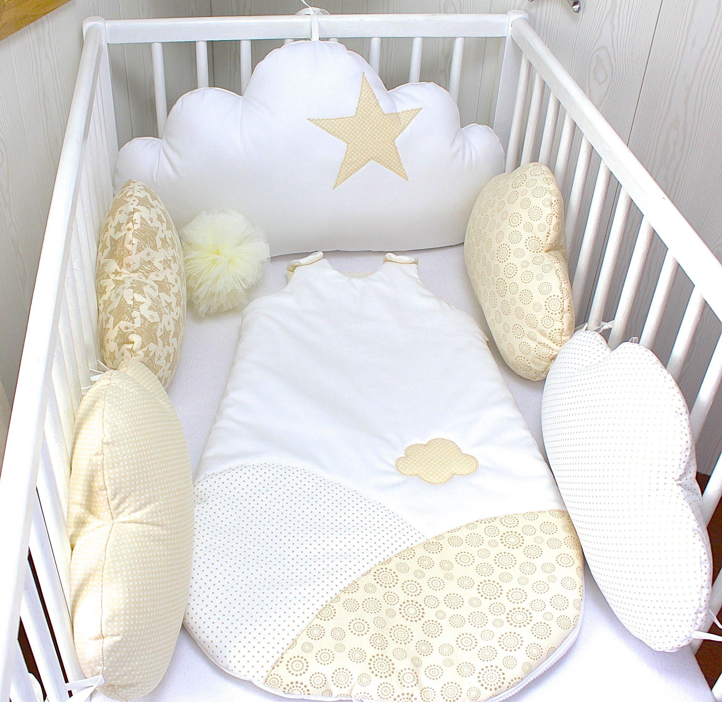 tour de lit b b 60cm large nuages 5 coussins beige blanc et cru toile tour de lit b b. Black Bedroom Furniture Sets. Home Design Ideas