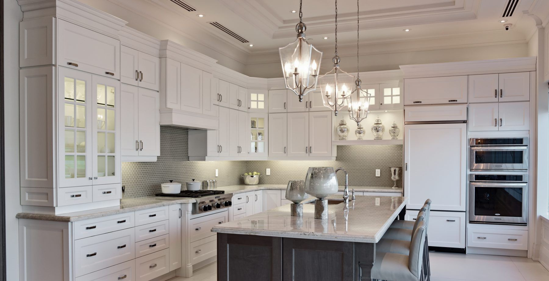 Home Selba Kitchens Baths Is A Canadian Based Company Specializing In Custom Kitchen Design We Custom Kitchens Design Kitchen Design Kitchen Design Small