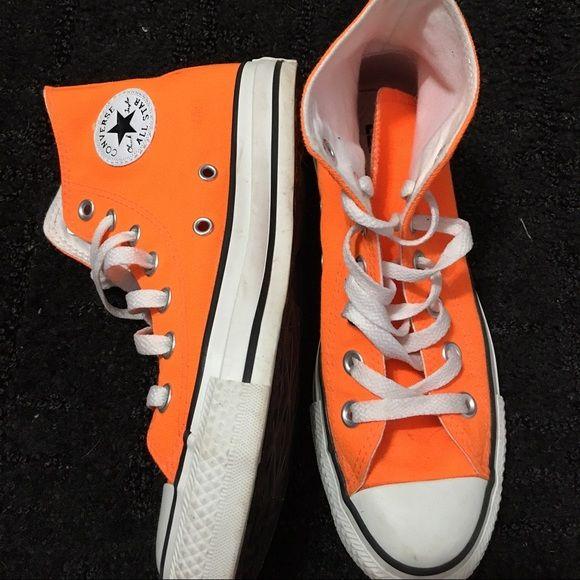 d25590966f7658 Neon Orange Hightop Converse Never worn