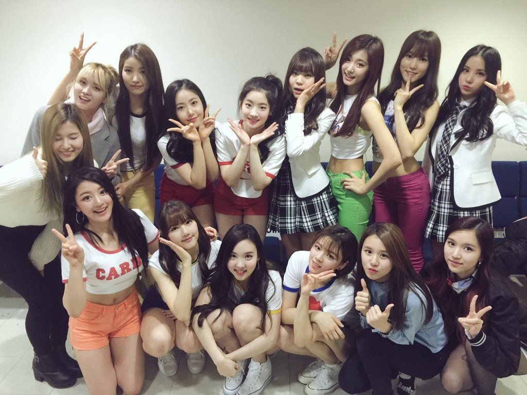 Twice And G Friend Tease For Upcoming Collaboration Stage With Adorable Photo Koreaboo Girls Generation Kpop Girl Groups Gees