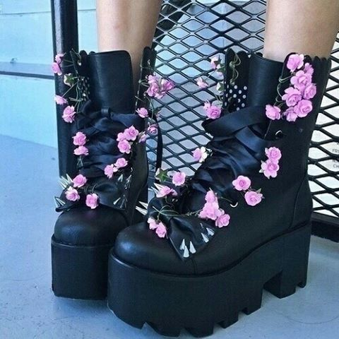 Black Stomper Platform Boots Pastel Goth Style Decorated With Pink Flowers Probably Great Diy