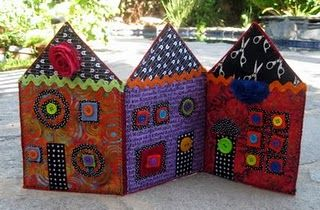 #Quilted fabric house --- what a clever idea!