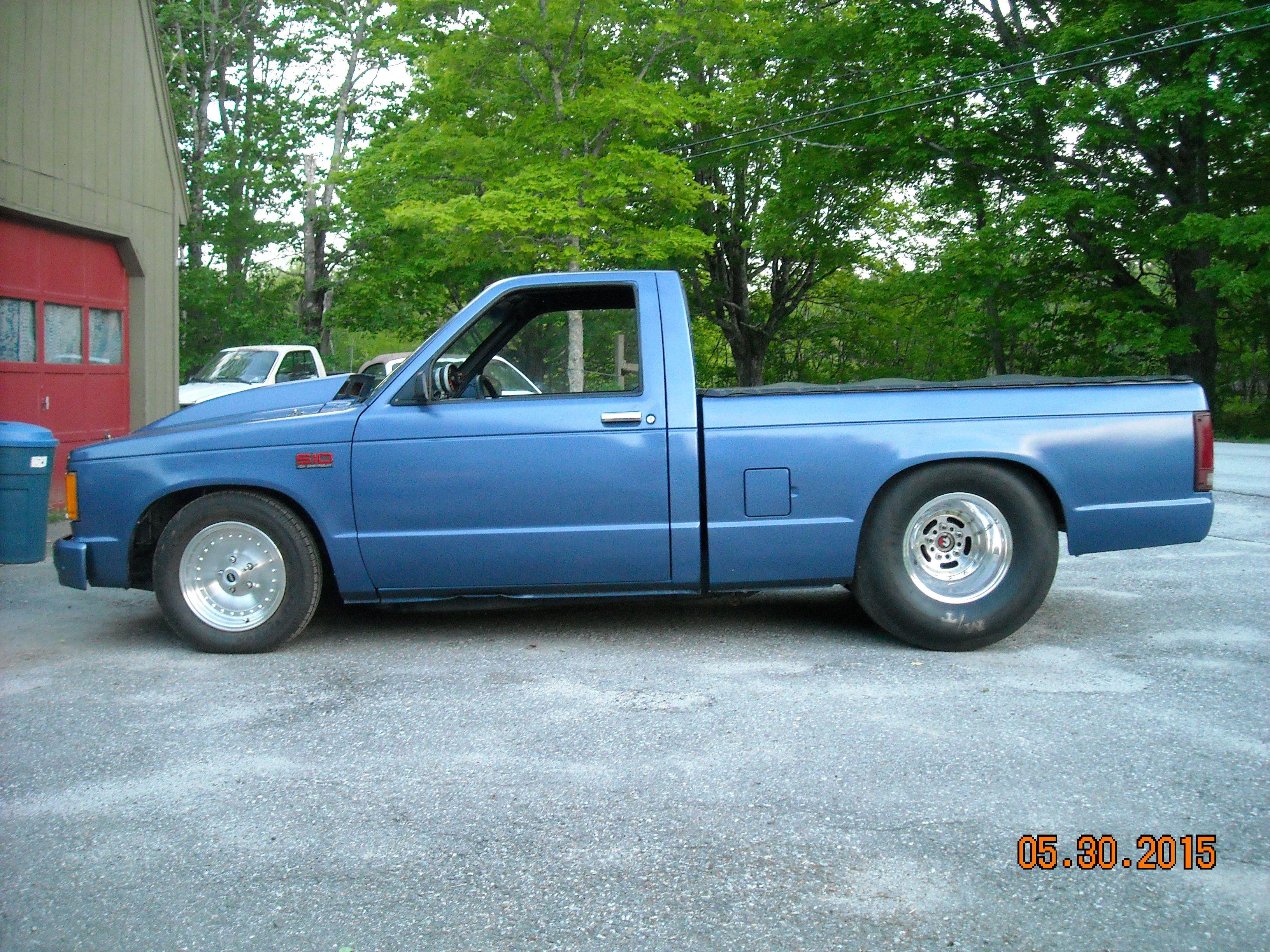 87 blue Chevrolet S10 Pro Street LT-1 350 TH 9 inch rear 5 13 gears
