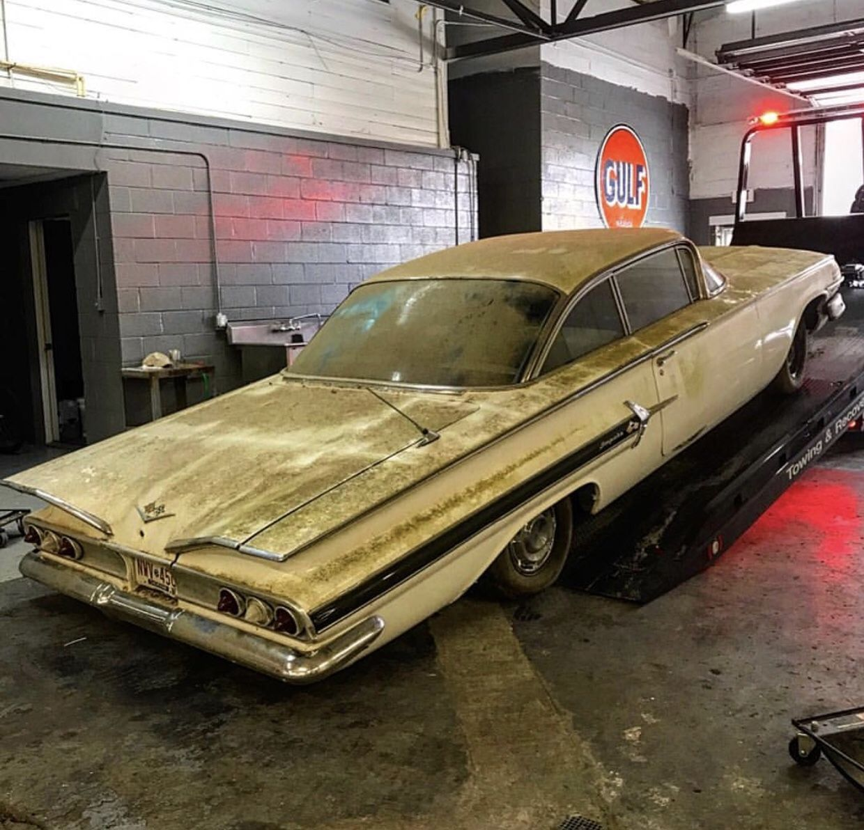 Pin By Michael On Rusty Treasure And Barn Finds Junkyard Cars