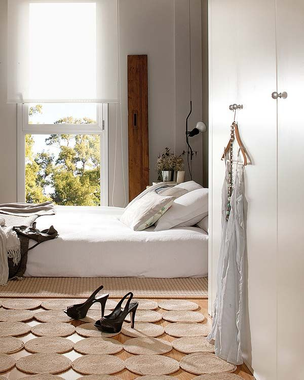 Small apartment in Barcelona with charming design Ivy, Bedrooms - Small Room Interior Design