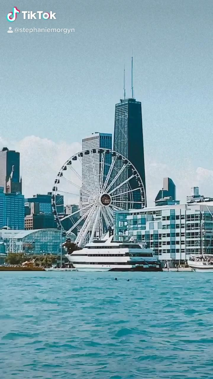 Join Me For A Summer Boat Ride In Chicago Video Lake Michigan Chicago Chicago New York City Travel
