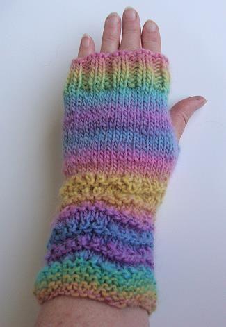 Mochi Plus Fingerless Gloves Crystal Palace Yarns Free Knit