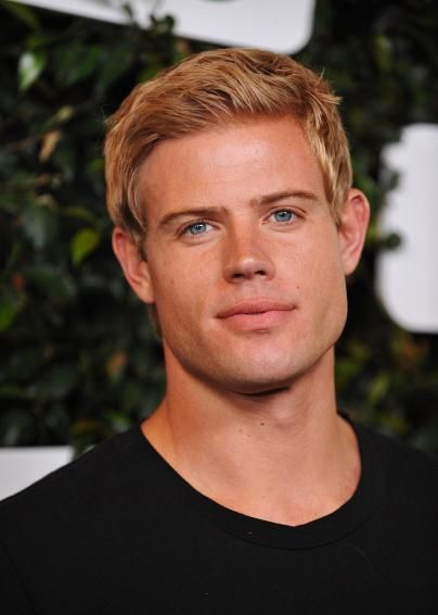 Abercrombie Fitch Male Models Page 8 General Guy Discussion Blonde Guys Trevor Donovan Blonde Male Models