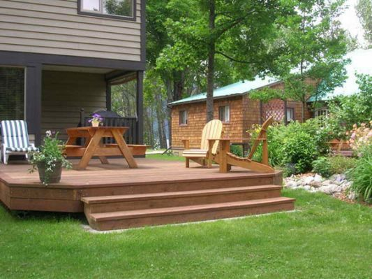 Bloombety : Cheap Backyard Deck   Decks backyard, Small ...
