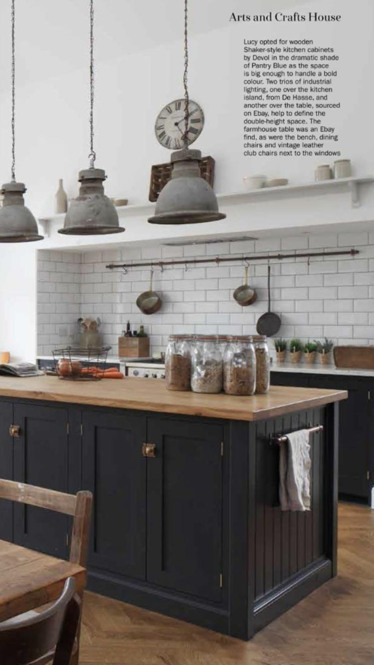 I Like The Pots And Pans Rail Above Stove Idea
