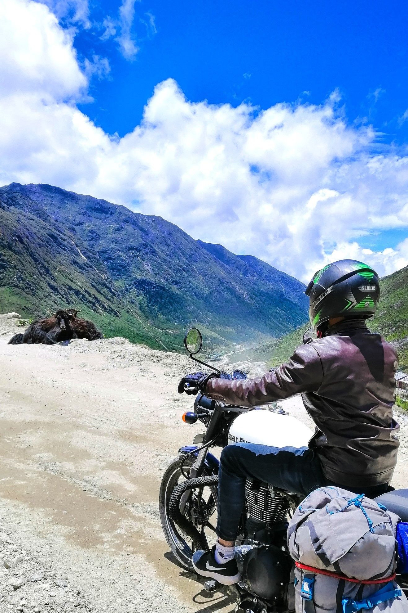 Pin by The Day Traveller on In India in 2020 Mountain