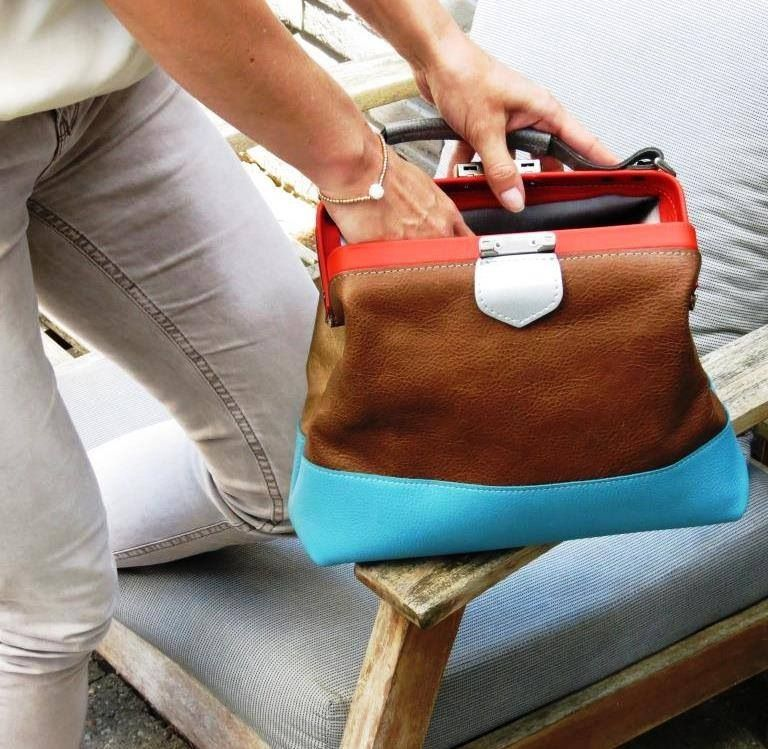 Beautiful leather bag. Soon available at www.bonbonbag.com