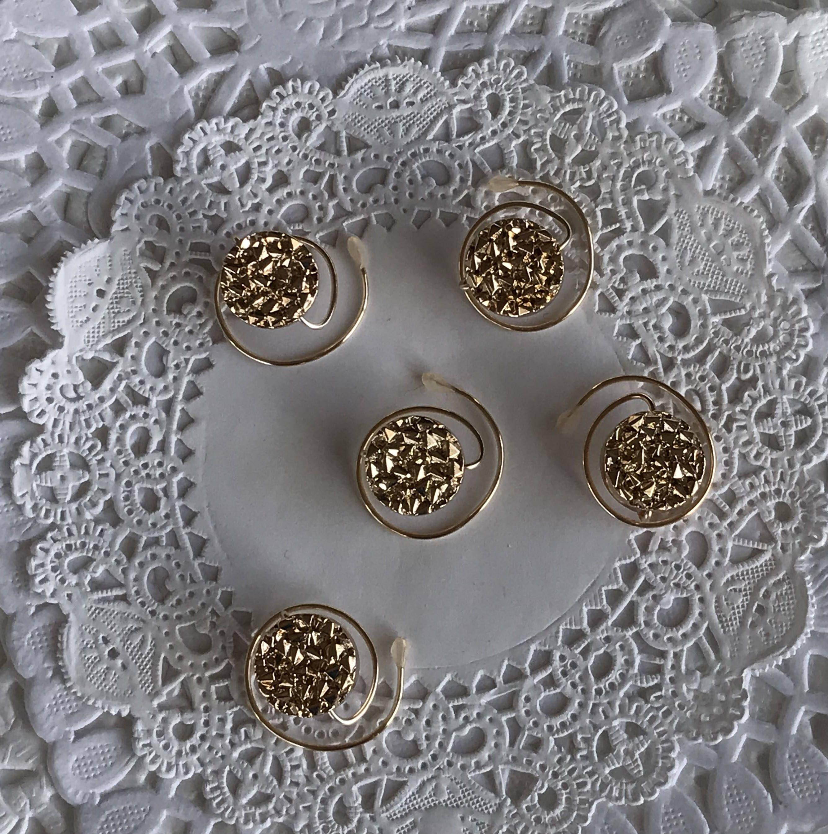 Golden Circles Hair Spins-Ballroom Dancers-Bridemaids Hair Swirls-New Years Eve Party Coils #bridemaidshair