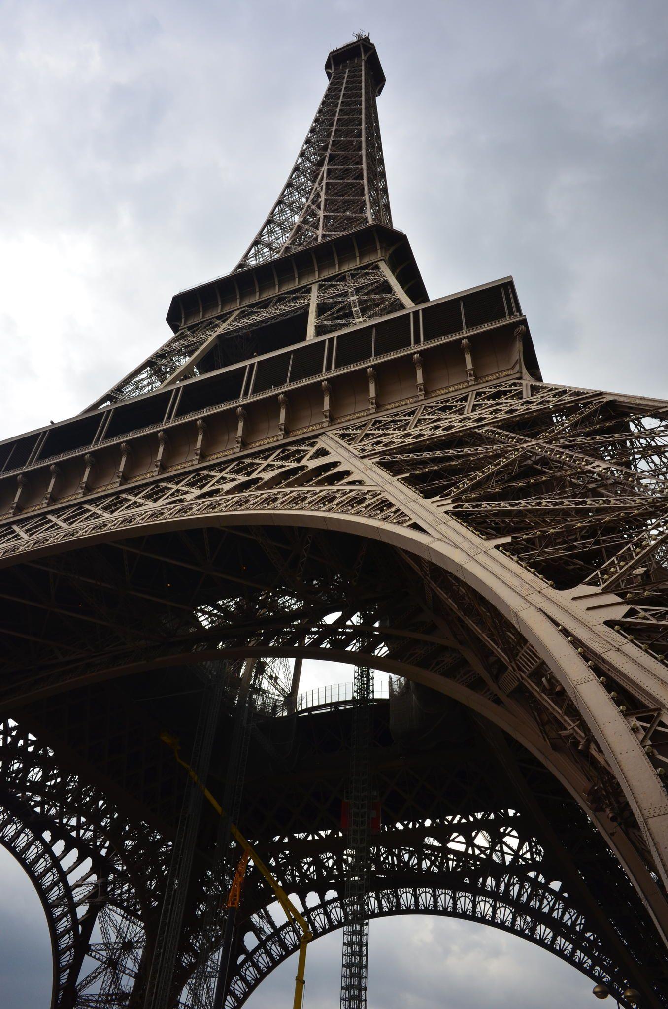 EiffelTower,Paris by Hiroshi Nakanishi on 500px