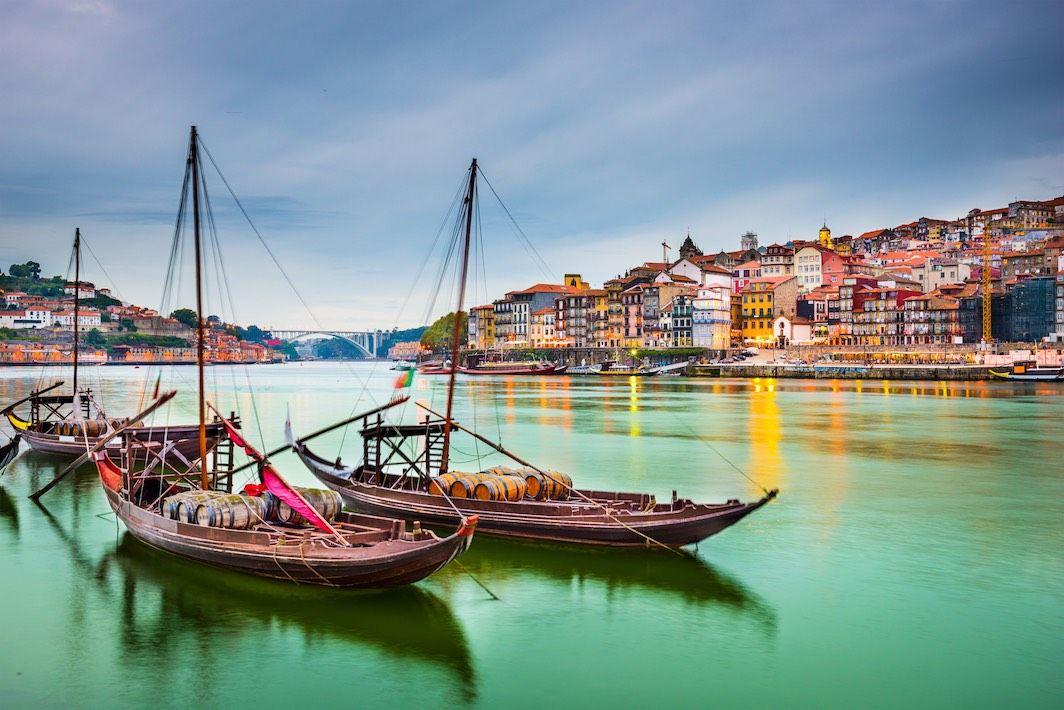 Porto, colori onirici sul Douro